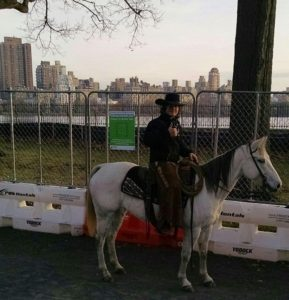 horse-riding-in-central-park